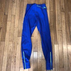 Women's Patagonia athletic leggings zipper